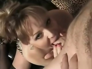 shemale Hot shemale anal and cumshot anal