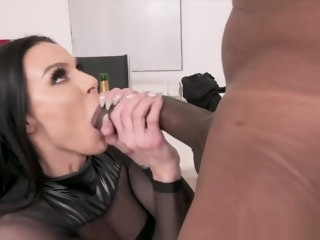 jules Jules Jordan - Big Tit MILF Star Kendra Lust Has A BBC Celebration jordan